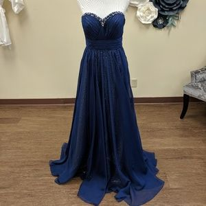 Jovani Navy Gown Size 8 NWT Prom Pageant